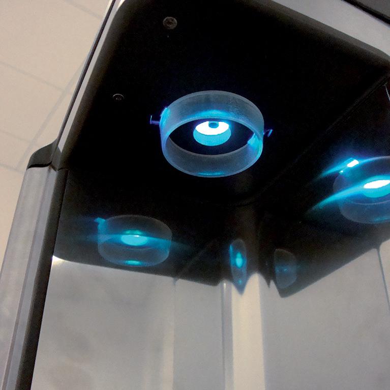 particolare zona erogazione lampada UV Aquality